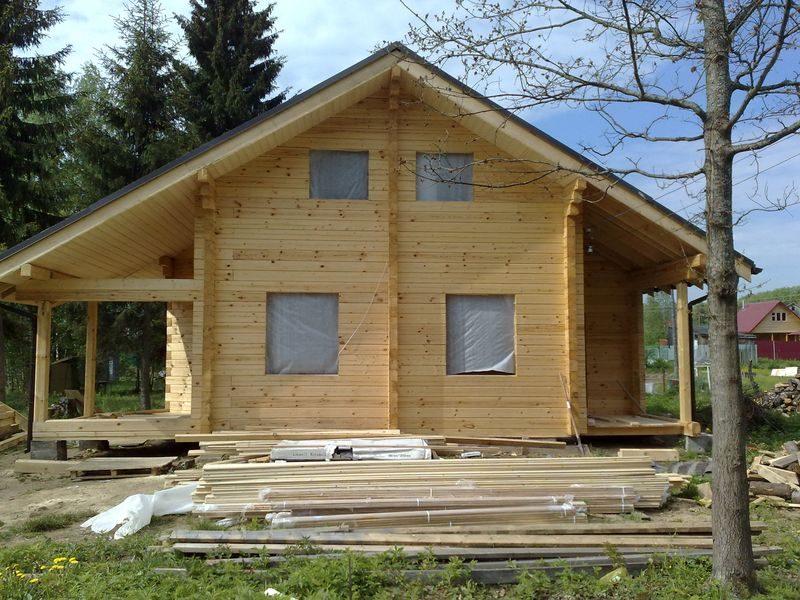 фото поэтапное строительство домов под усадку